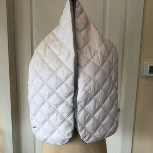 Nike Quilted Scarf